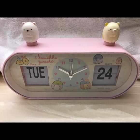 Sumikkogurashi Calendar Clock with Mascots